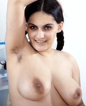 Arab Big Tits Porn Pictures